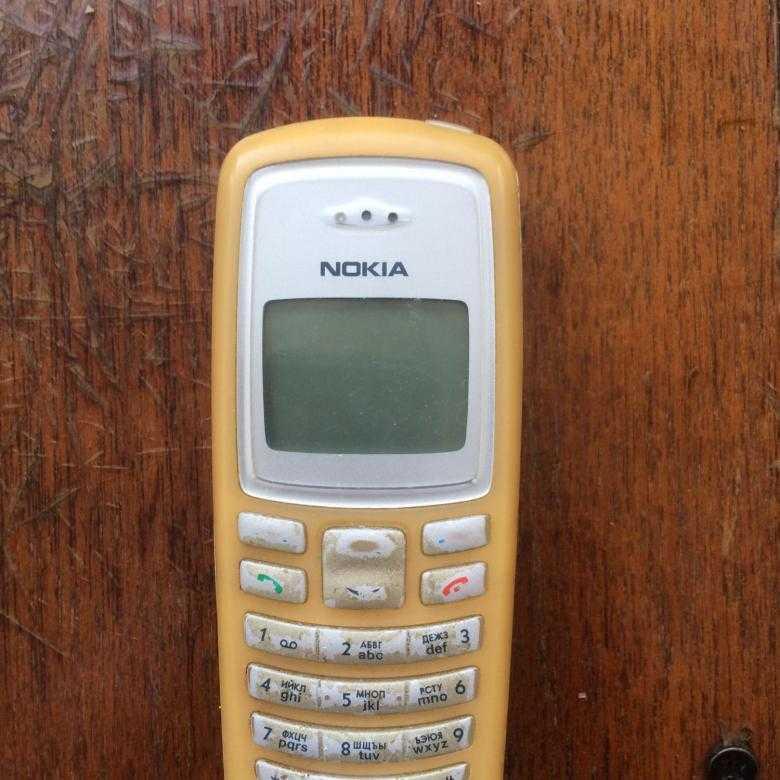 Телефон nokia 2100